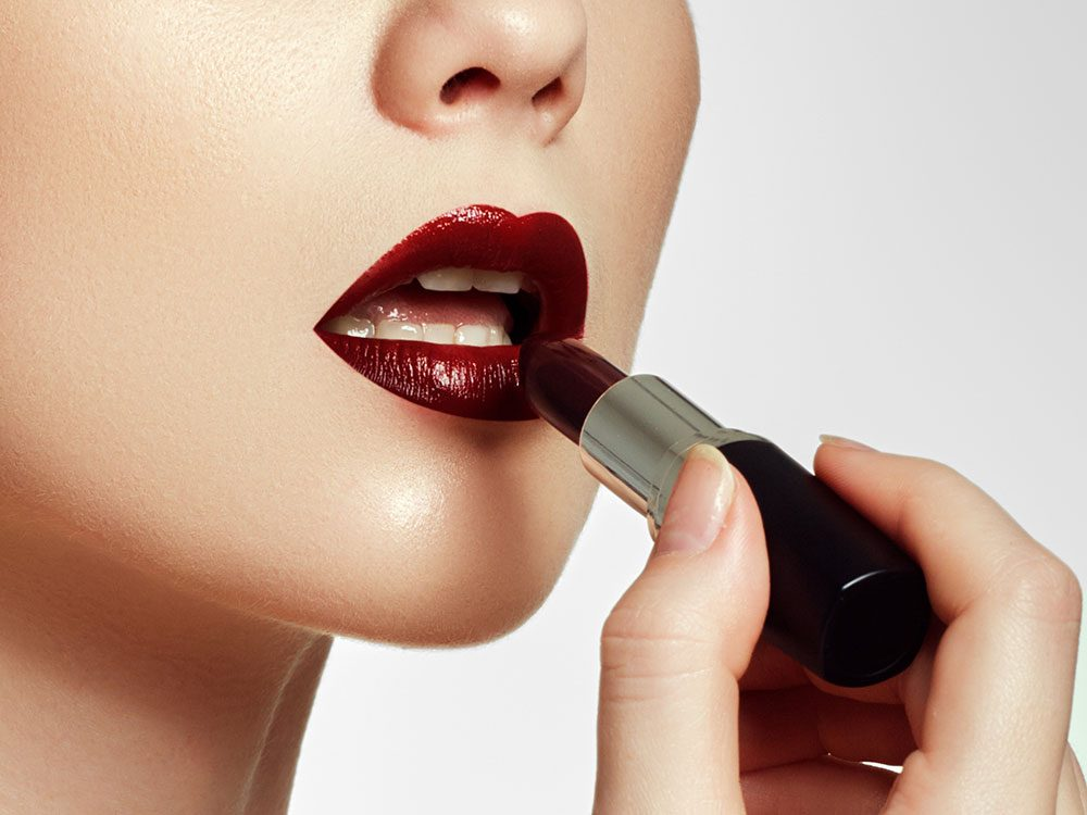 Dark lip colour