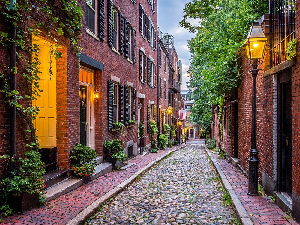 Acorn Street, Boston, USA