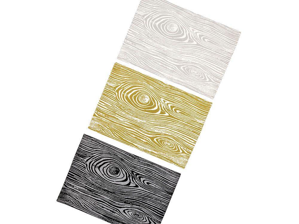 Faux bois pattern placemats