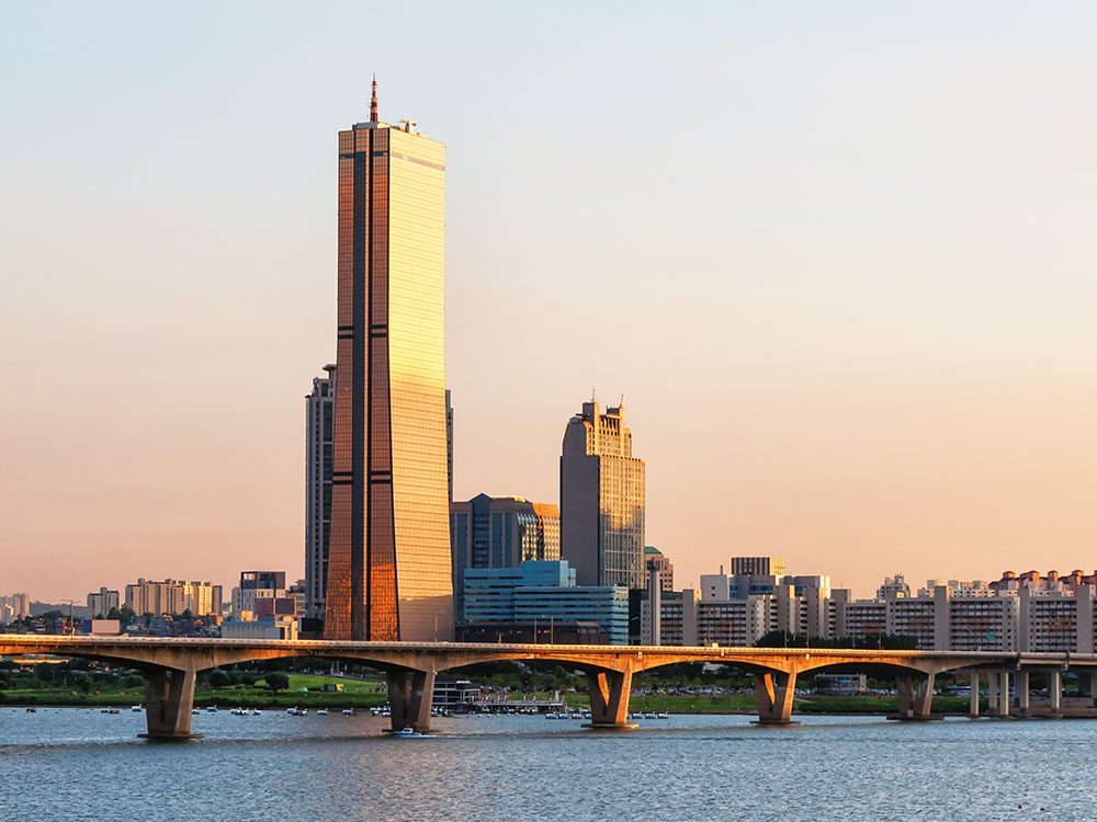 63 Building, Seoul skyline