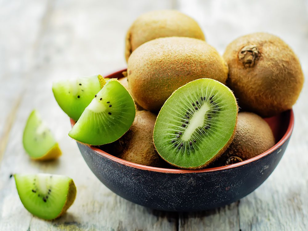 Kiwi fruits in a bowl