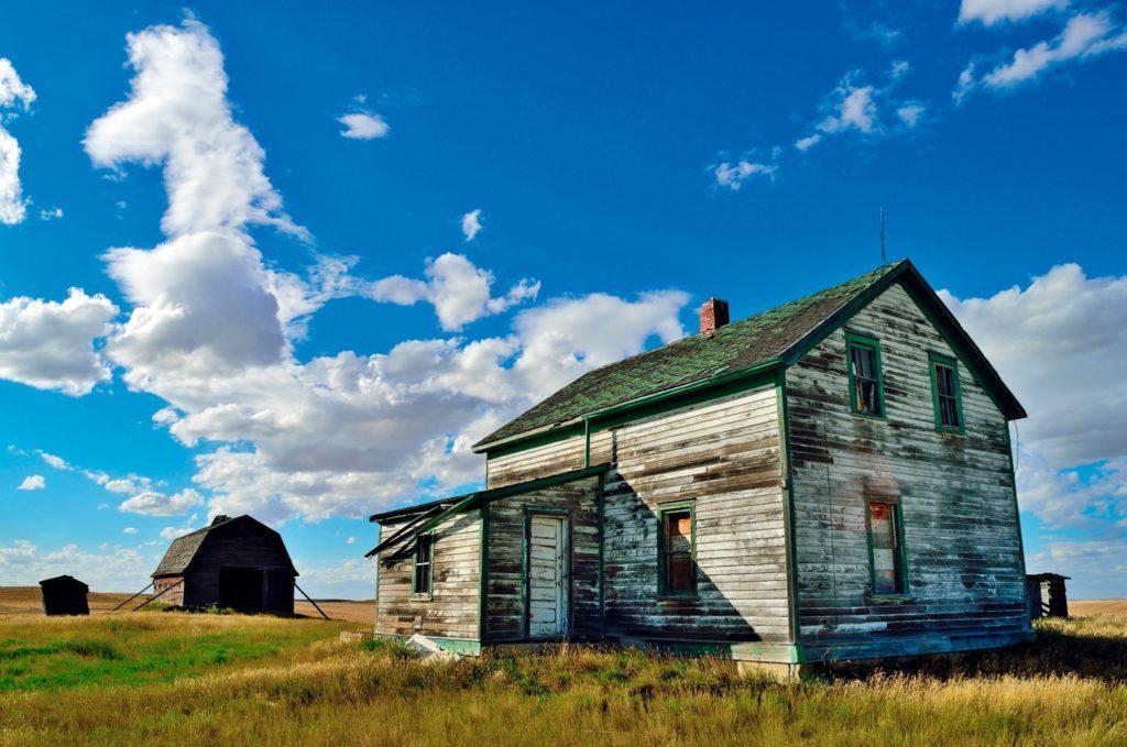 Vacated farmhouse in the Prairies