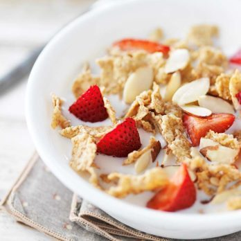 9 Good-for-You Cereal Hacks for a Healthier Breakfast Bowl