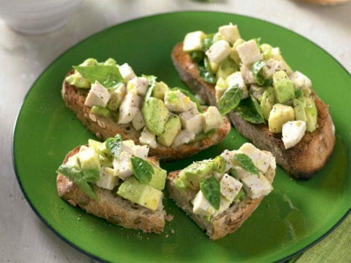 Chicken and avocado bruschetta
