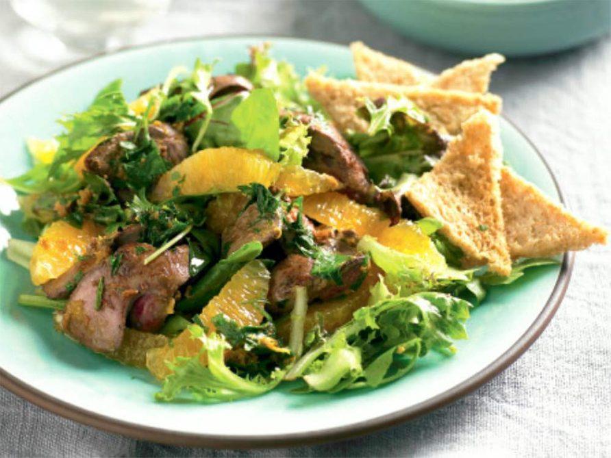 Chicken liver salad with orange