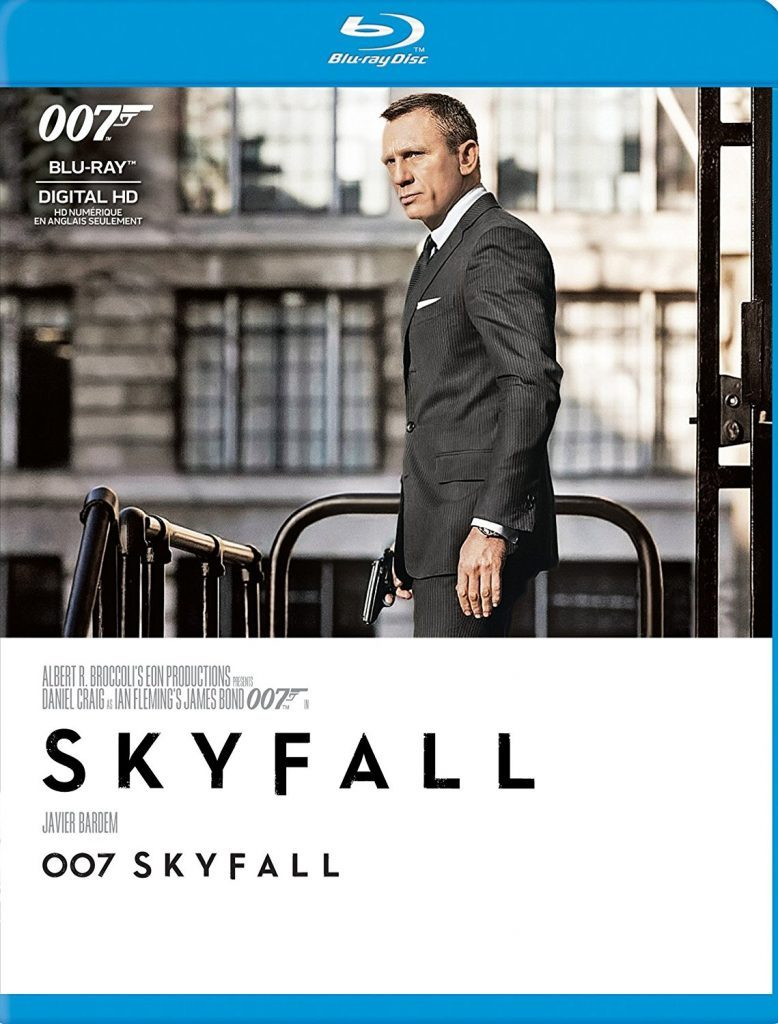 Blu ray cover of Skyfall