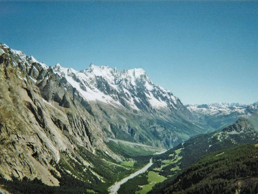 Mountain pass in Mont Blanc