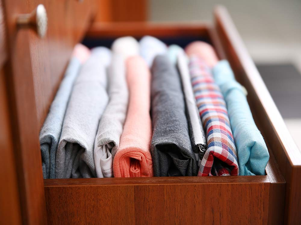 Use baby wipes to freshen up your drawers