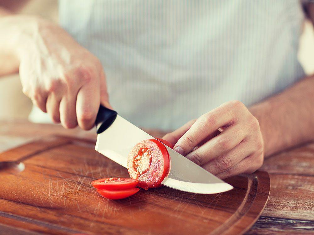 Always use a sharp kitchen knife