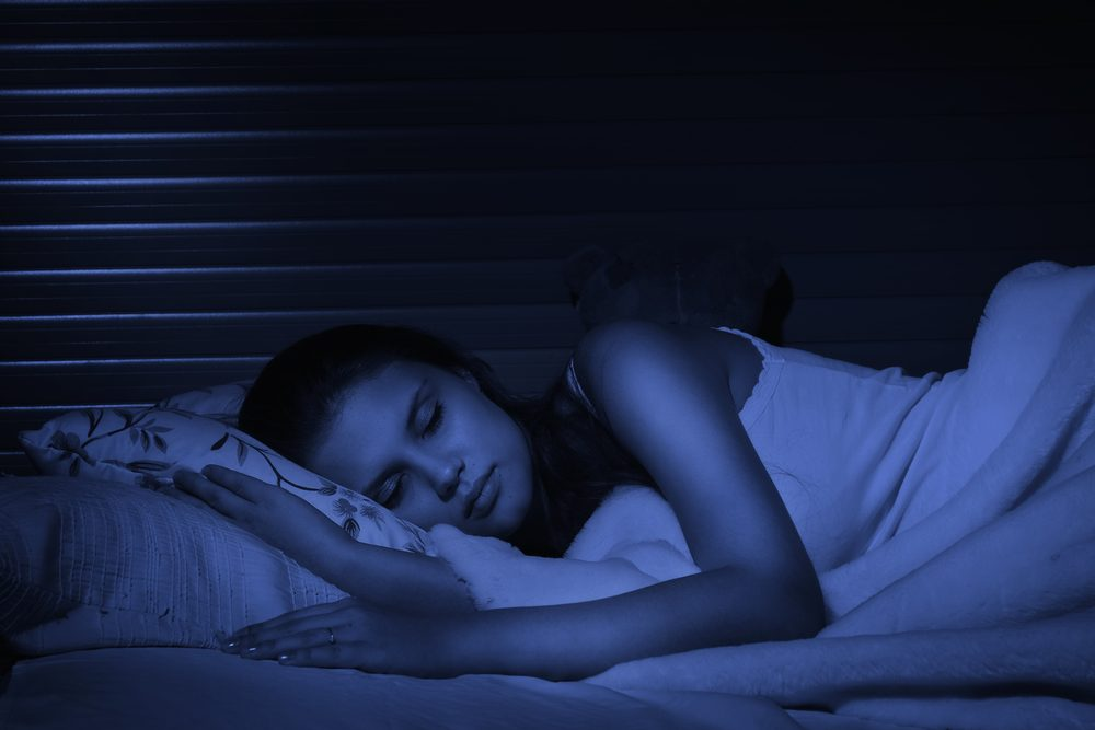 sleep-in-complete-darkness