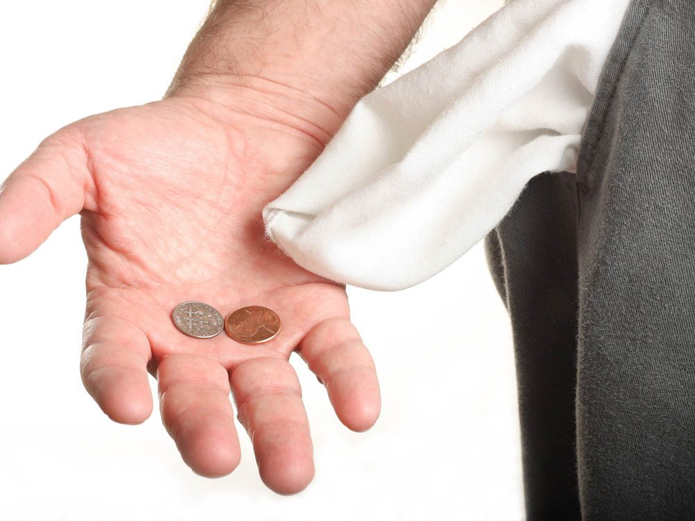 Playing with spare change can make you smarter