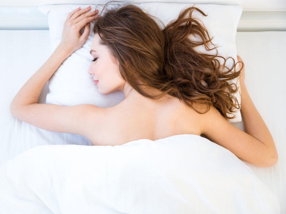 sleep-naked
