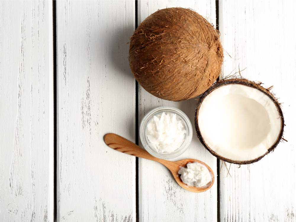 Use coconut oil to eliminate odours