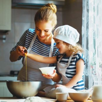 10 Secrets of Working Moms Who Cook Dinner Every Night