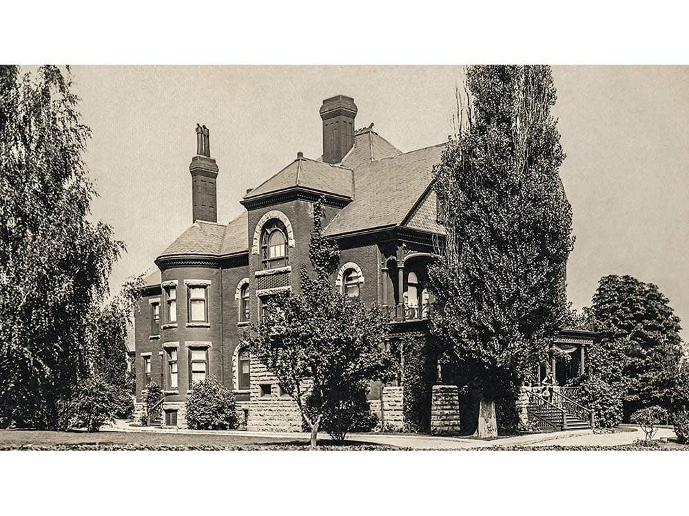Fairbank House in Petrolia, Ontario
