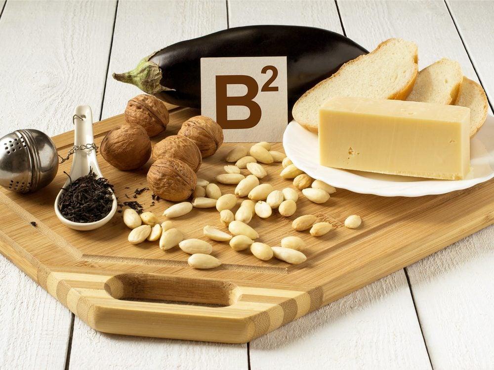 Use vitamin B2 as a headache home remedy
