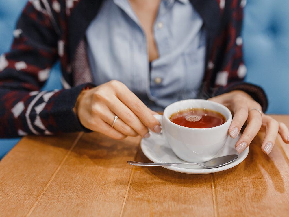 One of the best ways to quit smoking is drinking herbal tea