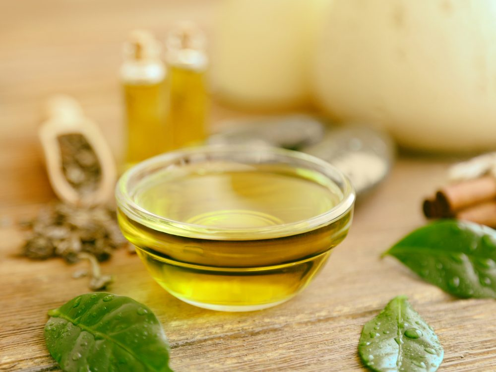 Tea tree oil is a remedy for eczema and psoriasis