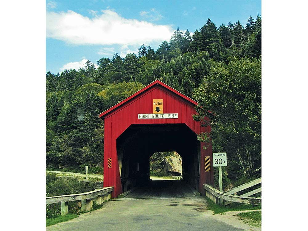 Point Wolfe covered bridge in Bay of Fundy