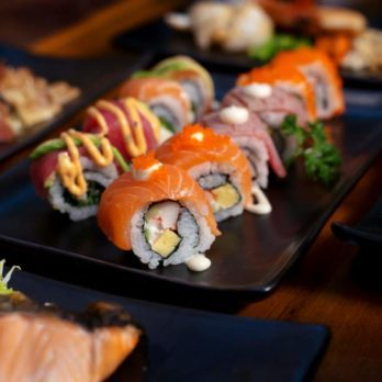 10 Polite Ways to Eat Sushi, Wings and Other Tricky Foods