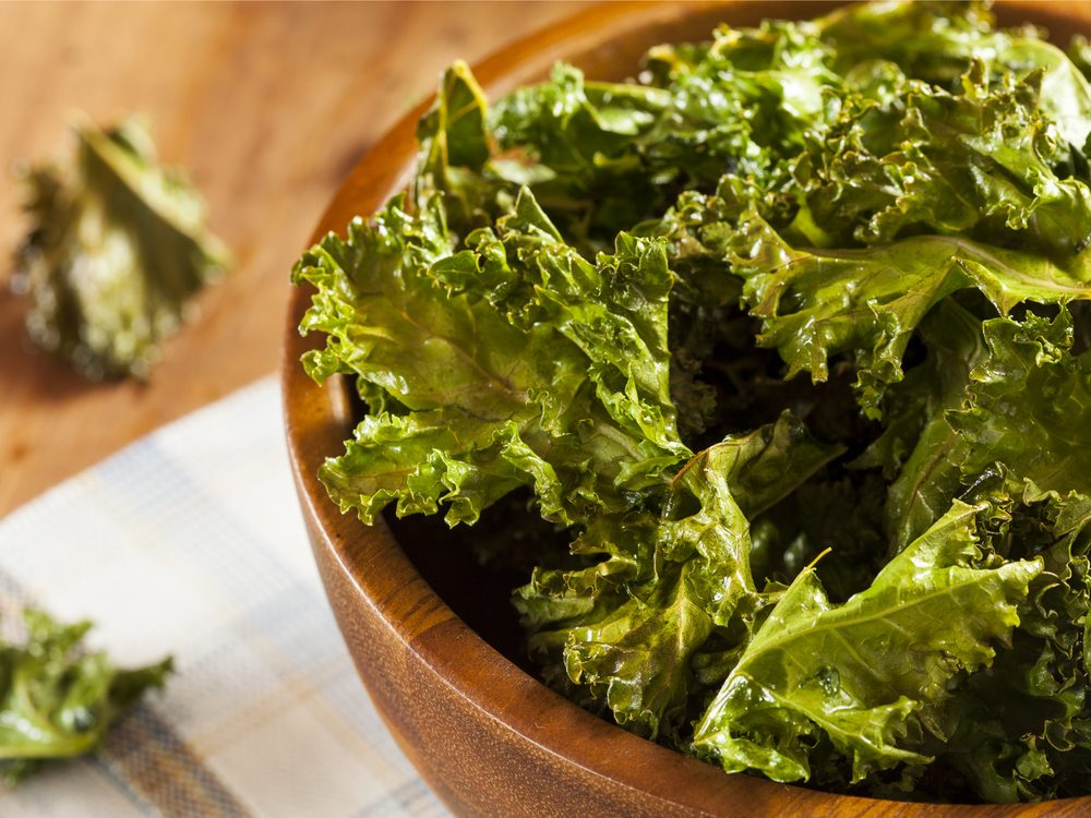 Kale is a healthy green food that helps you lose weight