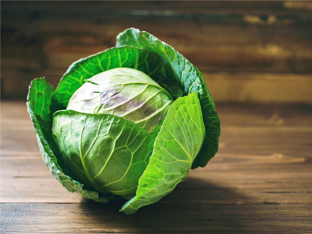 Green cabbage is a healthy green food that helps you lose weight