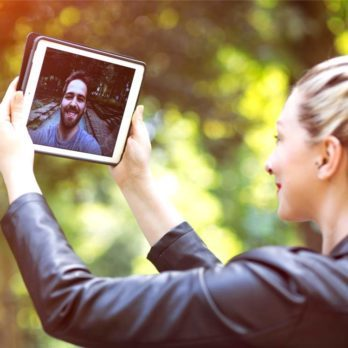 Can Long Distance Relationships Really Work? What the Surprising Science Says
