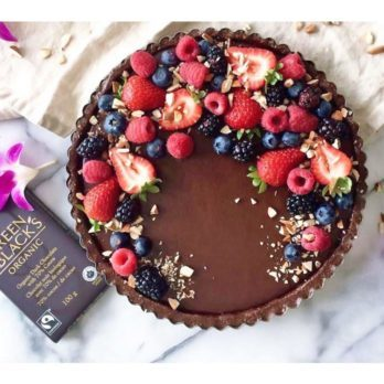 Vegan, Gluten Free and Paleo No-Bake Chocolate Tart