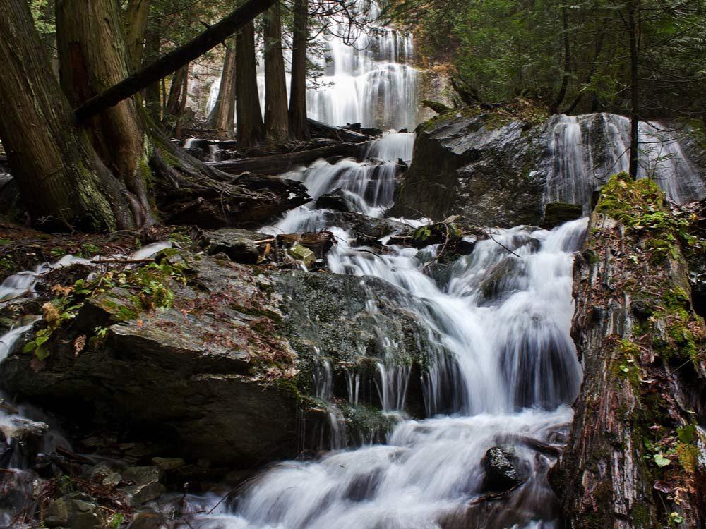 Bridal Veil Falls, Canada