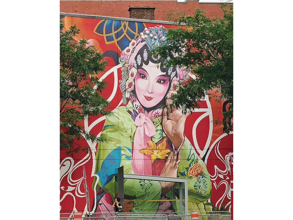 Montreal mural welcoming visitors to Chinatown