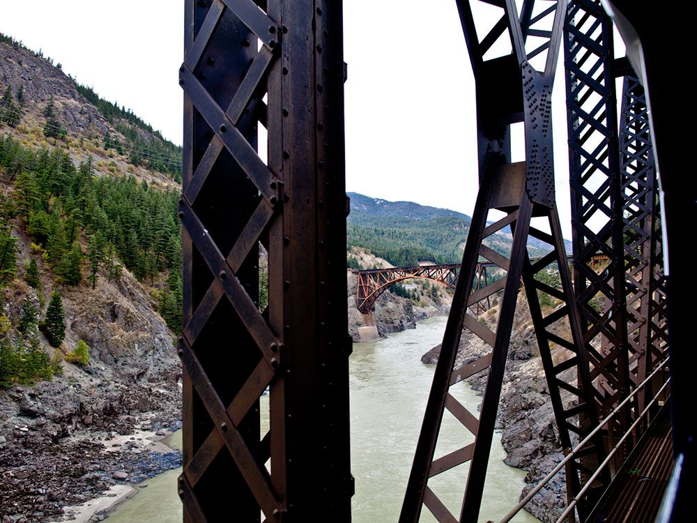 Rocky Mountaineer at Cisco Crossing