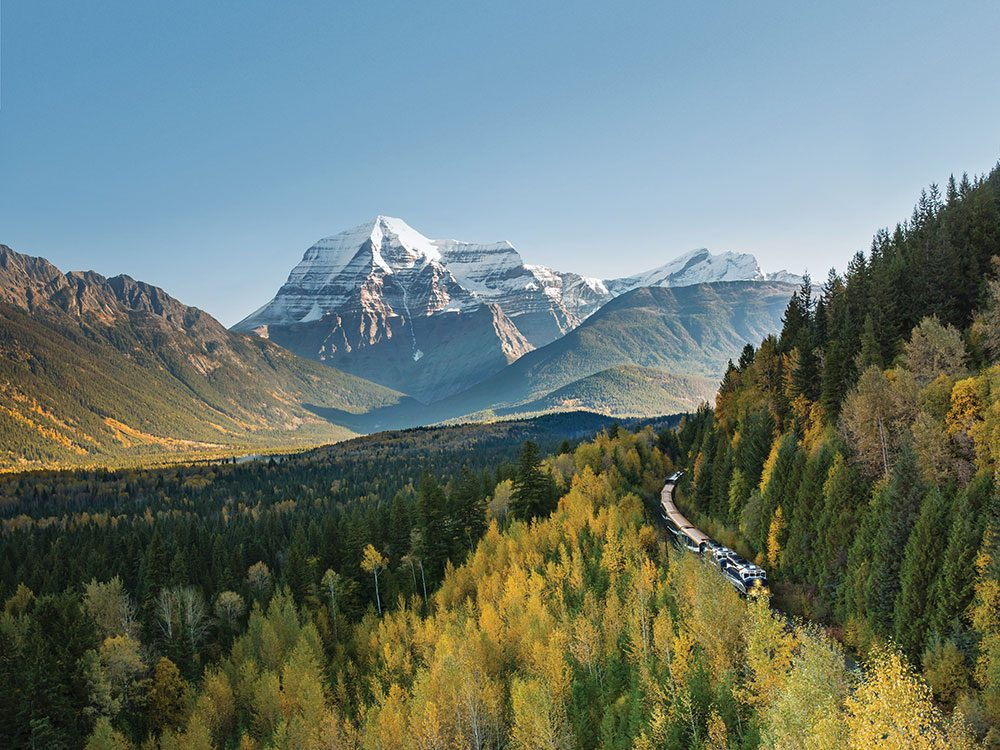 Rocky Mountaineer, Mount Robson