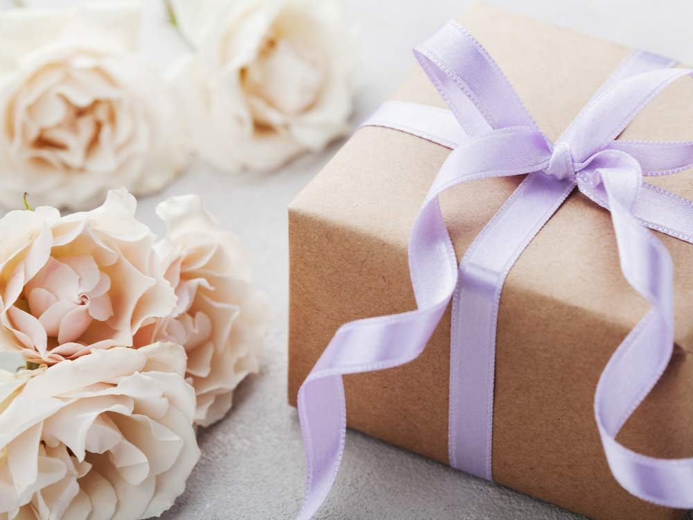 wedding-etiquette-gifts-and-gratitude