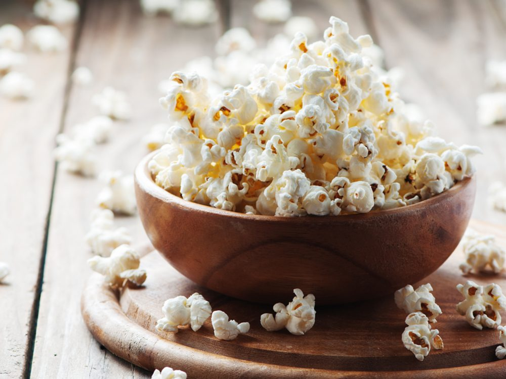 Snack on popcorn to increase your dietary fibre