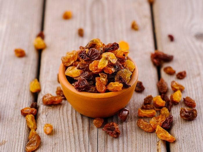 antioxidant rich foods - raisins