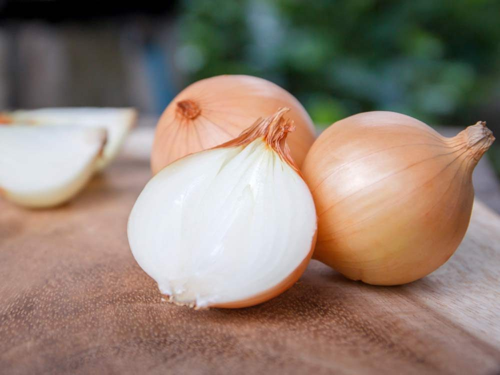 Whole and halved onions
