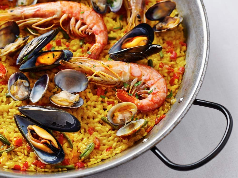 Shrimp and mussel paella