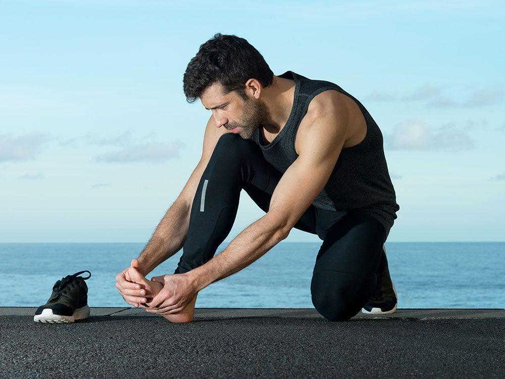 Diabetes symptoms can include nerve damage
