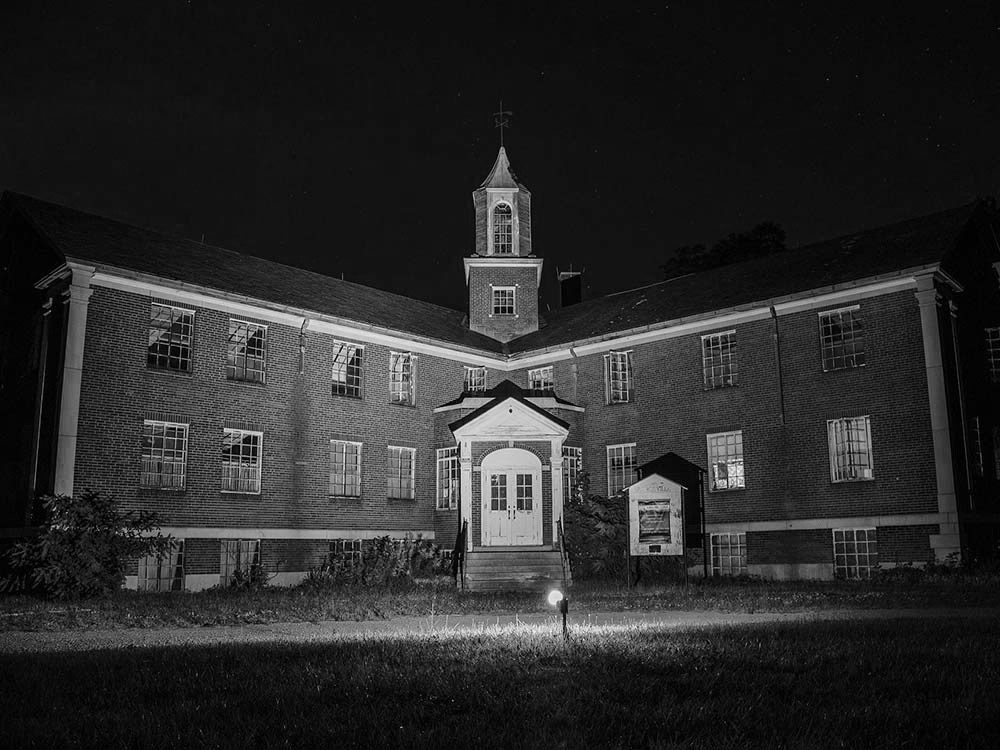 Rolling Hills Asylum, New York, USA