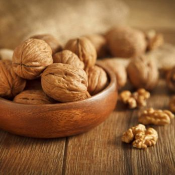 6 Foods to Help Prevent Alzheimer's Disease
