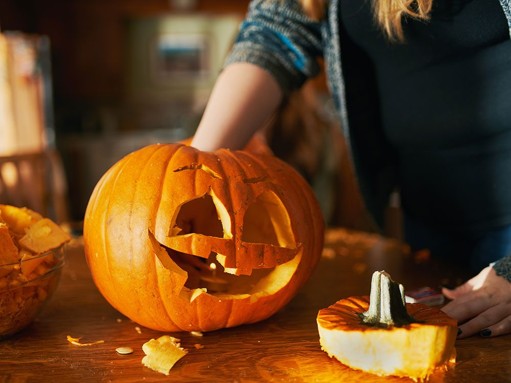 10 Tricks For A Long Lasting Jack O Lantern This Halloween