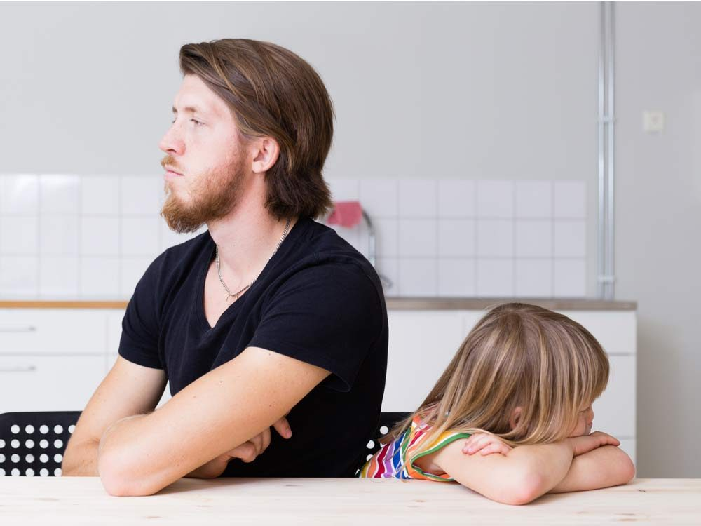 Father ignoring preschool daughter