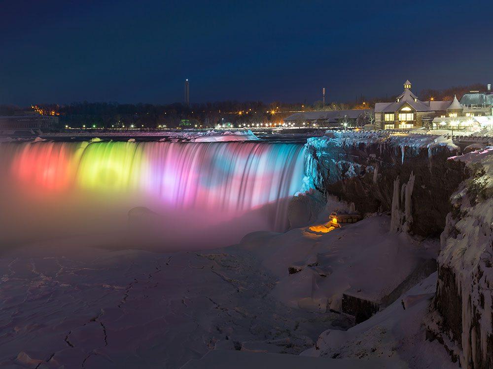 Christmas in Canada: Niagara Falls