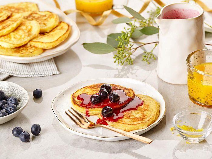 Lemon ricotta pancakes with blueberry sauce