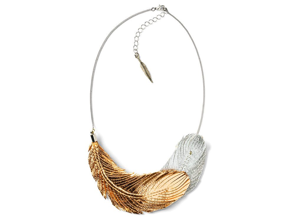 Love at First Blush feather necklace