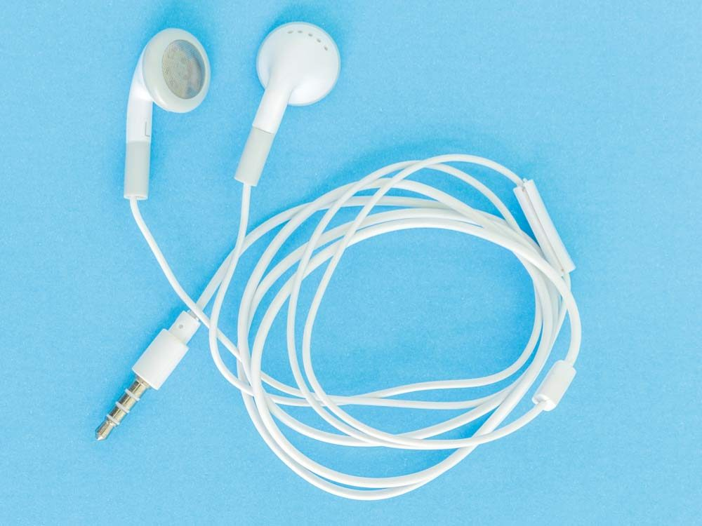 never-share-earbuds