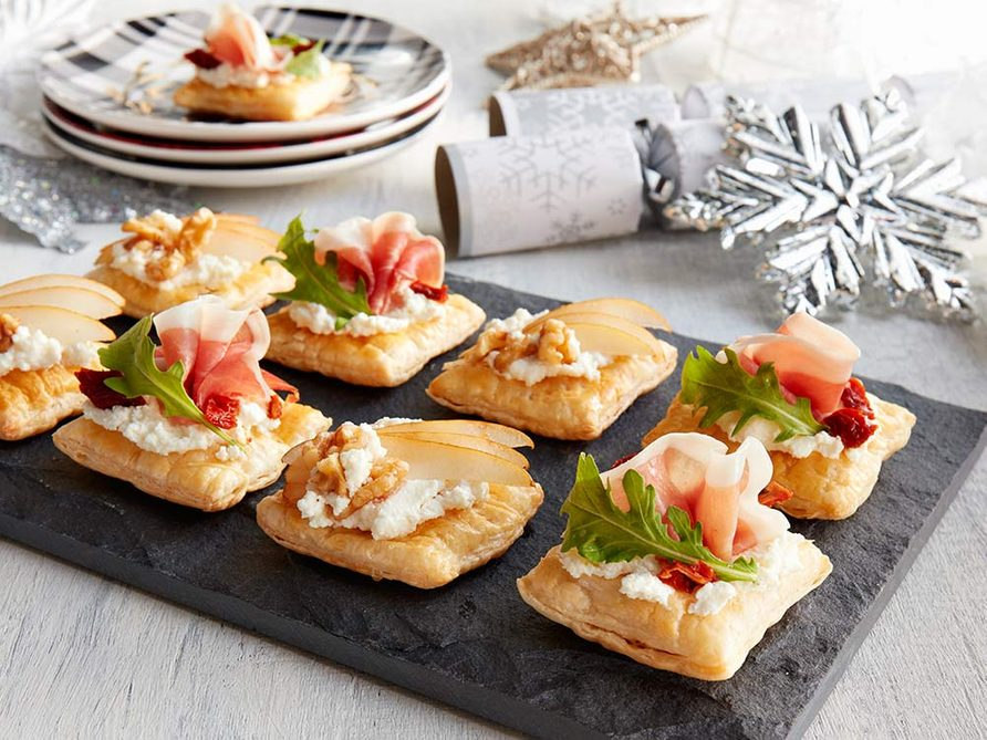 Puff pastra canapes