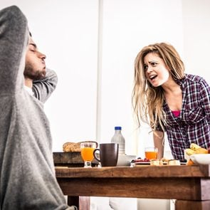 Signs a relationship is ending - couple arguing