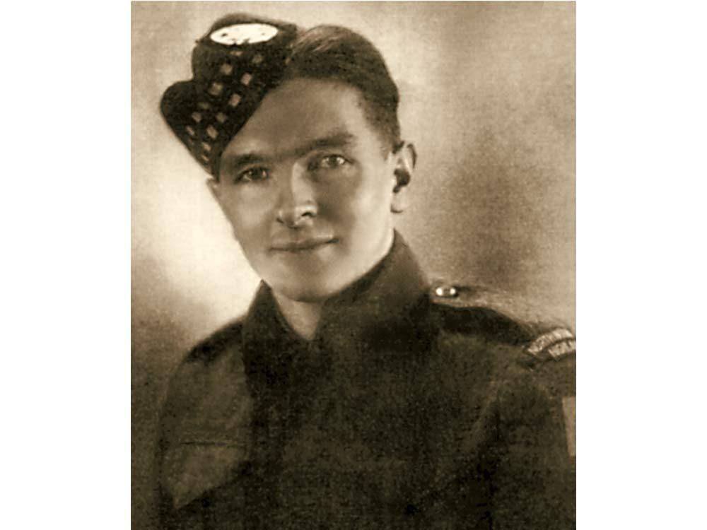 Canadian veteran Earl Jewers