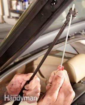 Replacing gas lifts: Step-by-step instructions